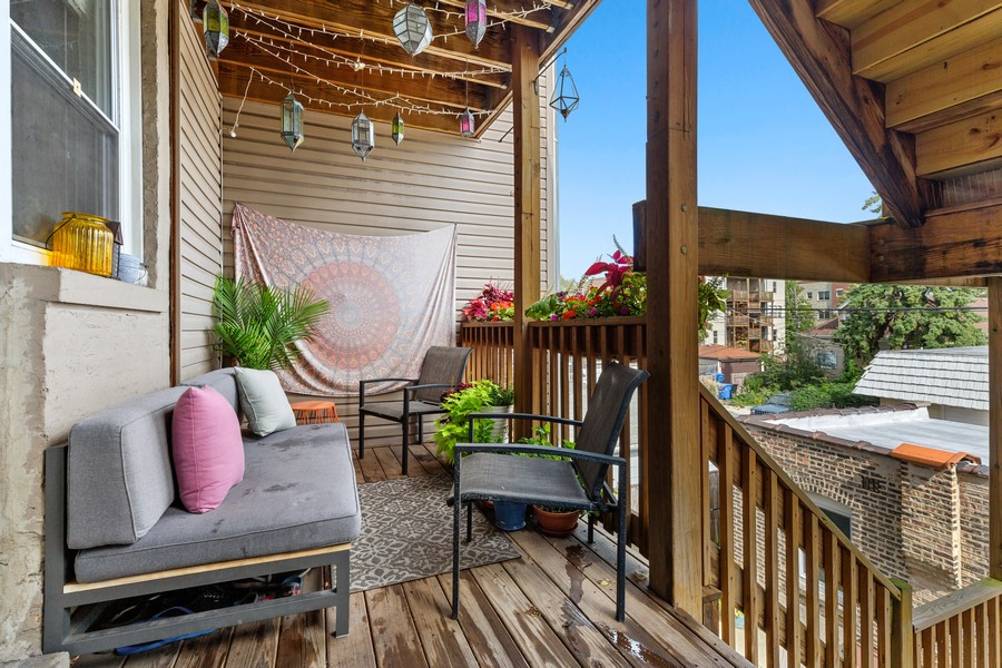 Real Estate Photography - 2539 N Hamlin Ave #2N, Chicago, IL, 60647 - Balcony