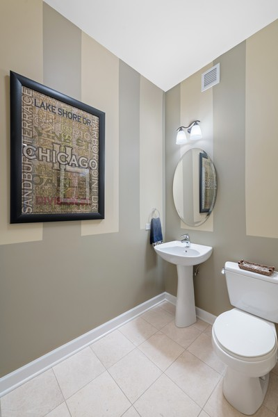 Real Estate Photography - 225 N Columbus Dr, 6808, Chicago, IL, 60601 -