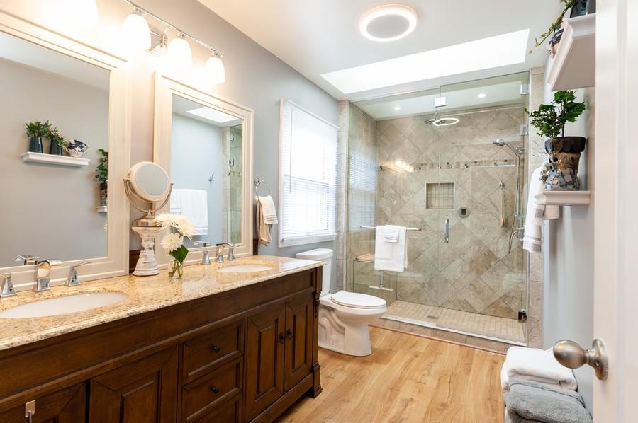 Real Estate Photography - 703 Alsace Cir, Buffalo Grove, IL, 60089 - Master Bathroom