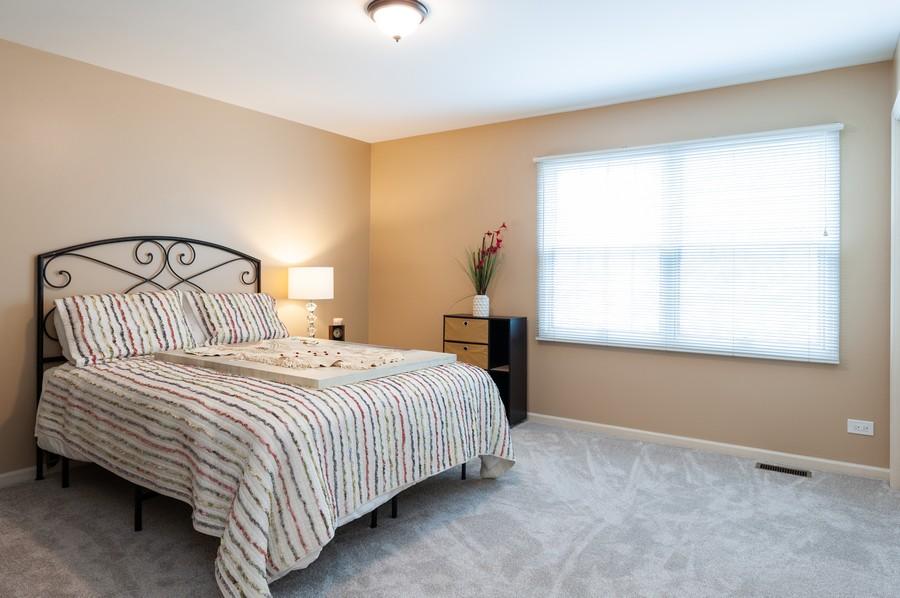 Real Estate Photography - 703 Alsace Cir, Buffalo Grove, IL, 60089 - 2nd Bedroom