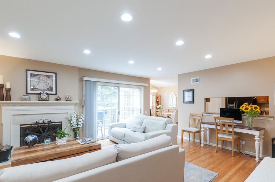 Real Estate Photography - 703 Alsace Cir, Buffalo Grove, IL, 60089 - Living Room