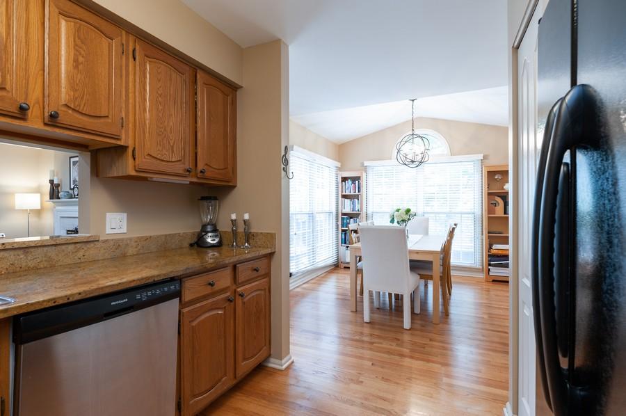 Real Estate Photography - 703 Alsace Cir, Buffalo Grove, IL, 60089 - Kitchen / Breakfast Room