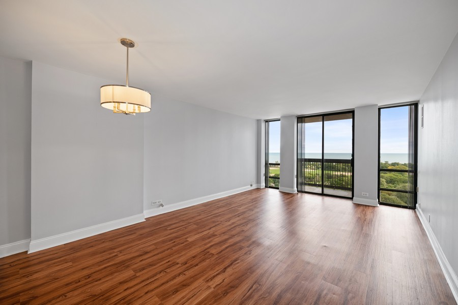 Real Estate Photography - 1660 N. LaSalle St., #1507, Chicago, IL, 60614 - Living Room