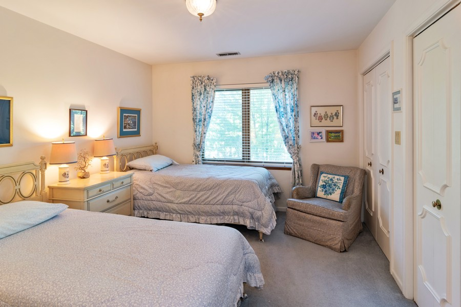 Real Estate Photography - 7575 W Lake St, 3A, River Forest, IL, 60305 - 2nd Bedroom
