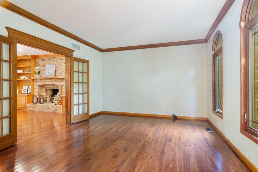 Real Estate Photography - 7N115 FOX BEND DRIVE, SAINT CHARLES, IL, 60175 - Living Room