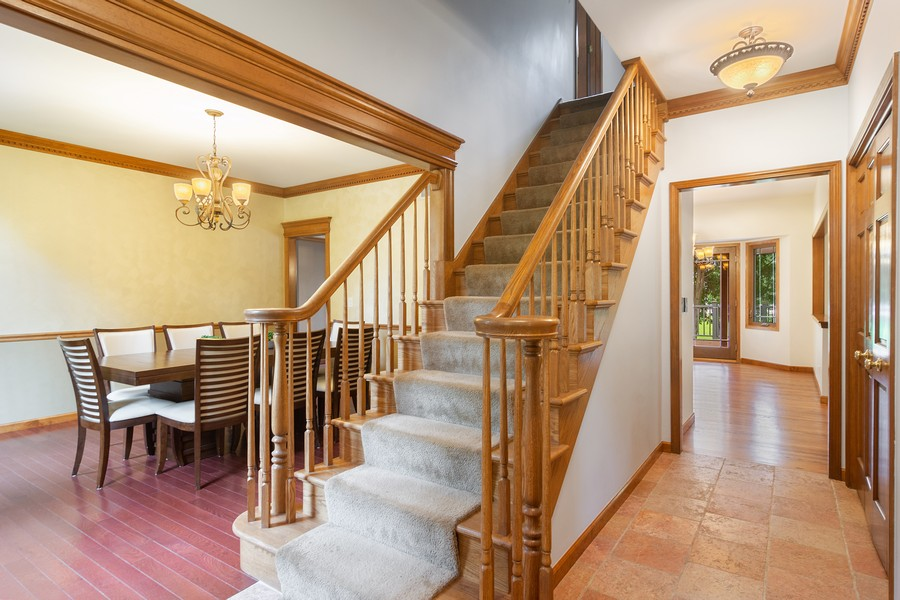 Real Estate Photography - 7N115 FOX BEND DRIVE, SAINT CHARLES, IL, 60175 - Foyer