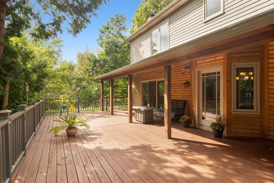 Real Estate Photography - 7N115 FOX BEND DRIVE, SAINT CHARLES, IL, 60175 - Deck