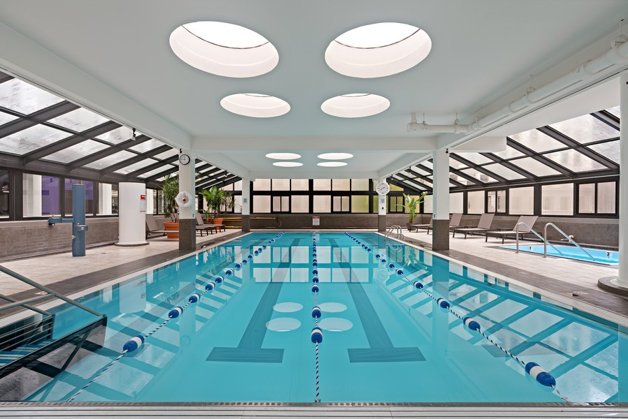 Real Estate Photography - 405 N Wabash Ave, #4810, Chicago, IL, 60611 - Pool
