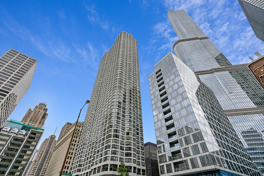 Real Estate Photography - 405 N Wabash Ave, #4810, Chicago, IL, 60611 - Front View