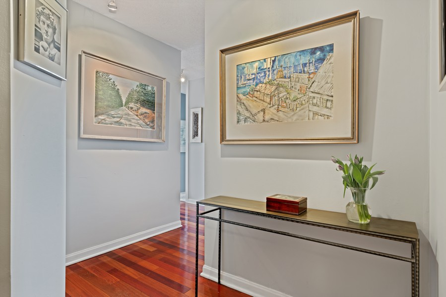 Real Estate Photography - 405 N Wabash Ave, #4810, Chicago, IL, 60611 - Foyer