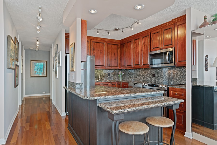 Real Estate Photography - 405 N Wabash Ave, #4810, Chicago, IL, 60611 - Kitchen