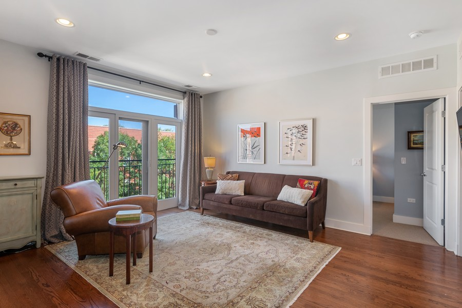 Real Estate Photography - 2771 W Francis Pl, 305N, Chicago, IL, 60647 - Living Room
