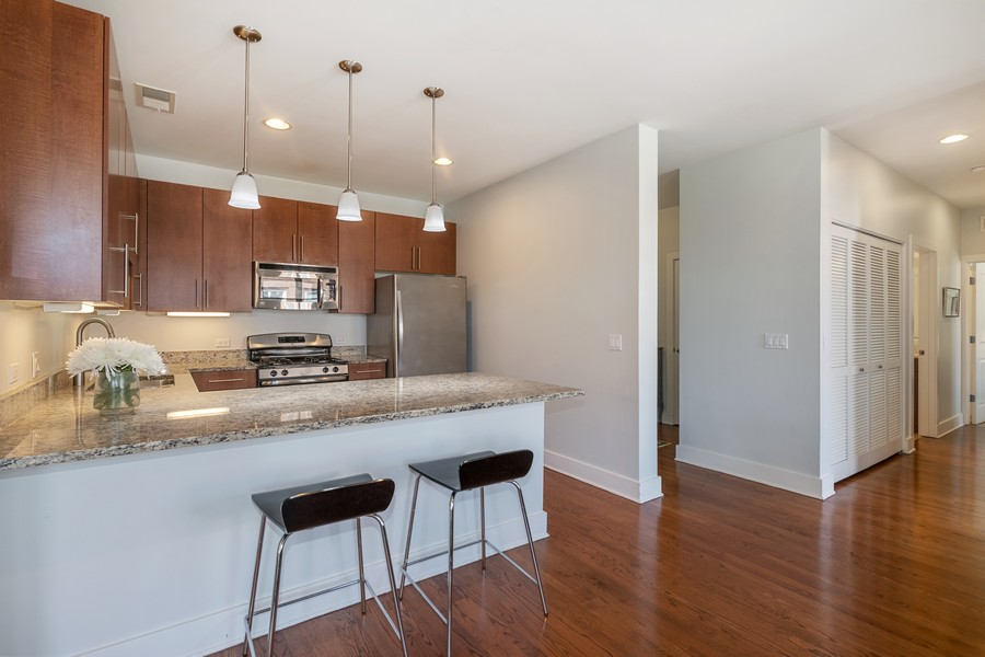 Real Estate Photography - 2771 W Francis Pl, 305N, Chicago, IL, 60647 - Kitchen