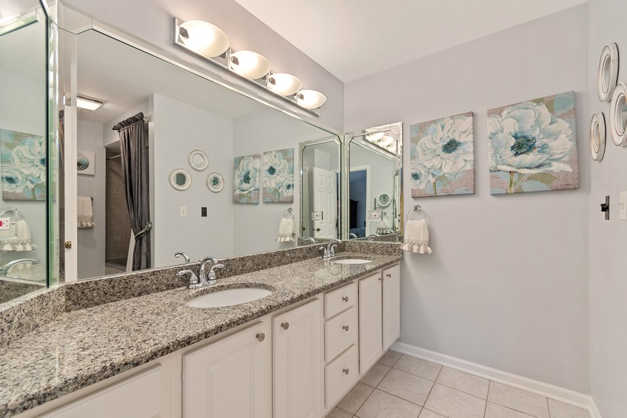 Real Estate Photography - 1860 Golf View Dr., Bartlett, IL, 60103 - Master Bathroom
