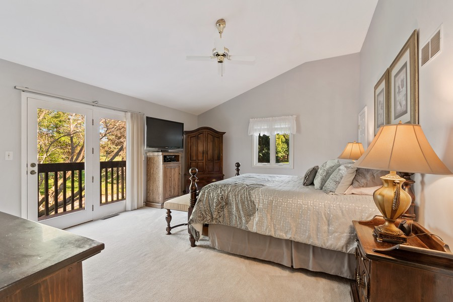 Real Estate Photography - 1860 Golf View Dr., Bartlett, IL, 60103 - Master Bedroom