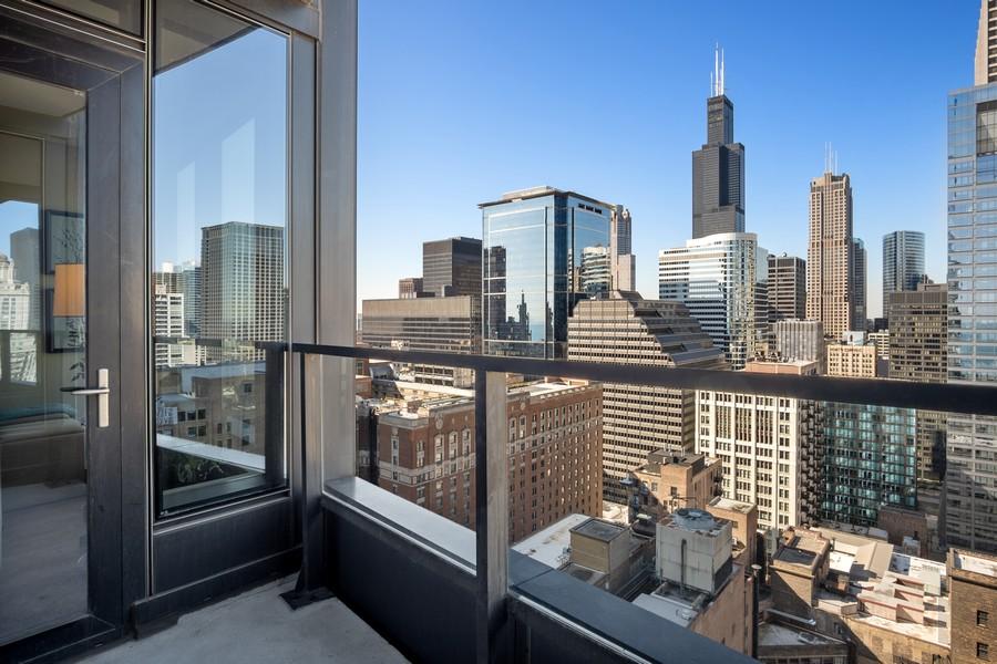 Real Estate Photography - 60 E Monroe unit 3106, Chicago, IL, 60603 - Balcony