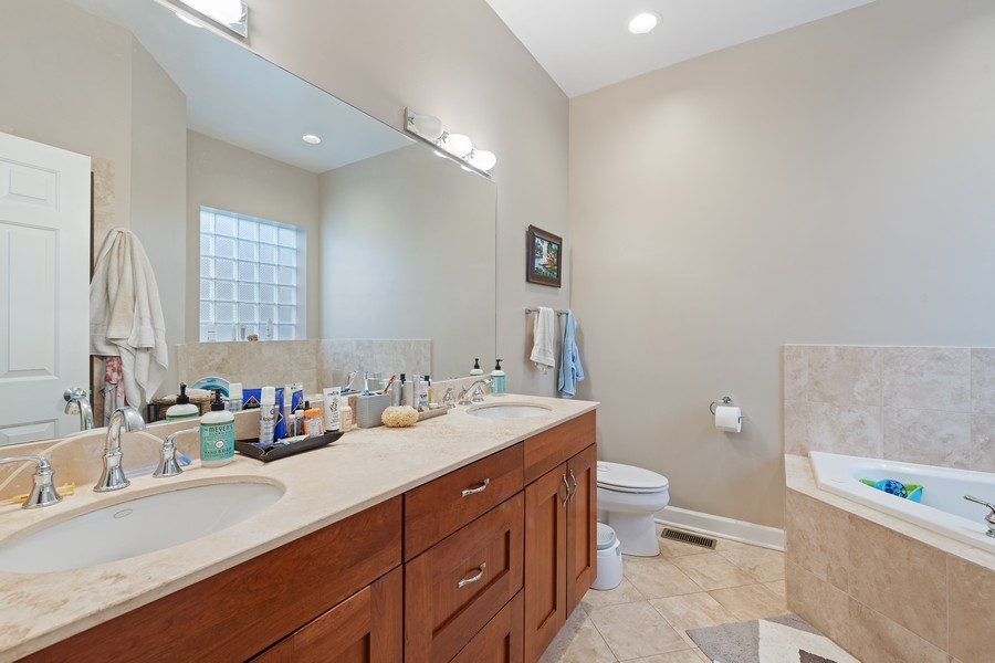 Real Estate Photography - 3311 N Kenmore, unit 3, Chicago, IL, 60657 - Master Bathroom