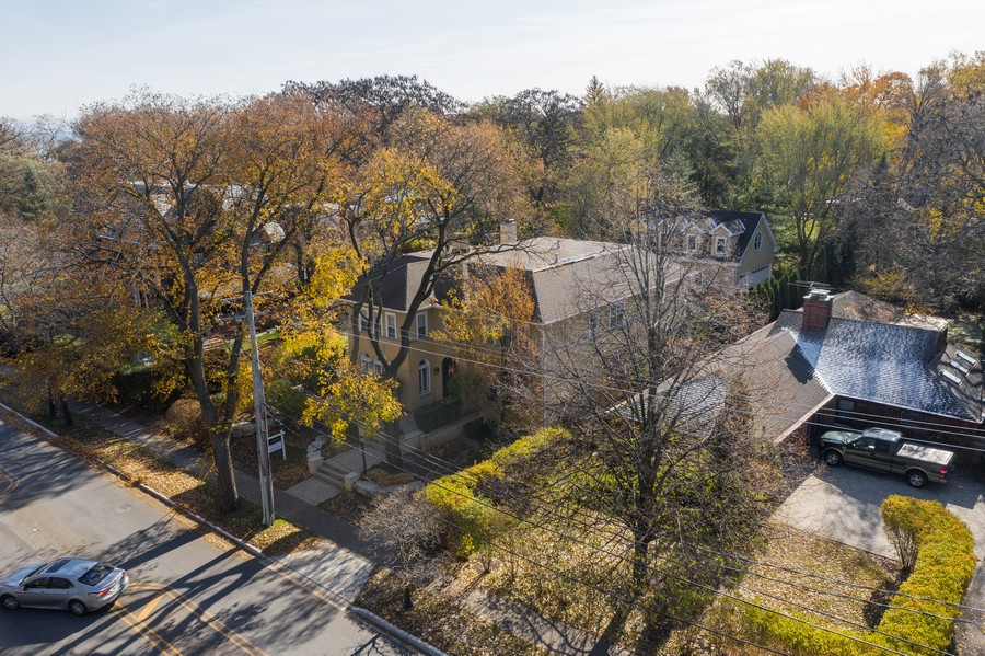 Real Estate Photography - 2754 Sheridan, Evanston, IL, 60201 - Aerial View