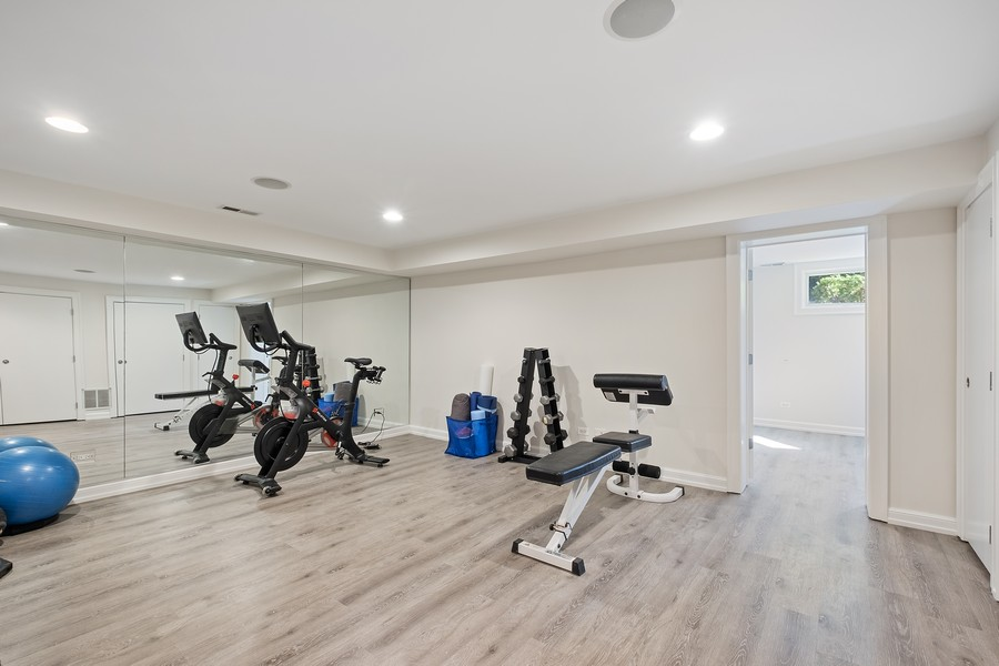Real Estate Photography - 2754 Sheridan, Evanston, IL, 60201 - Exercise Room
