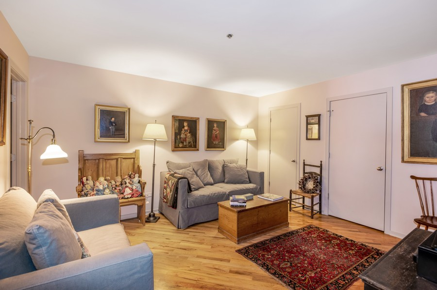 Real Estate Photography - 616 W Fulton, Unit 604, Chicago, IL, 60661 - 2nd Bedroom