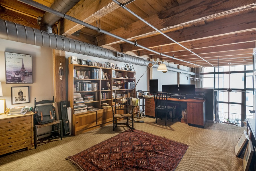 Real Estate Photography - 616 W Fulton, Unit 604, Chicago, IL, 60661 - Office