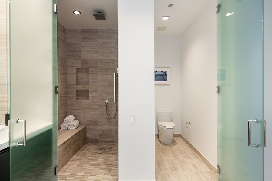 Real Estate Photography - 4 E. Elm #6N, Chicago, IL, 60611 - Master Bathroom