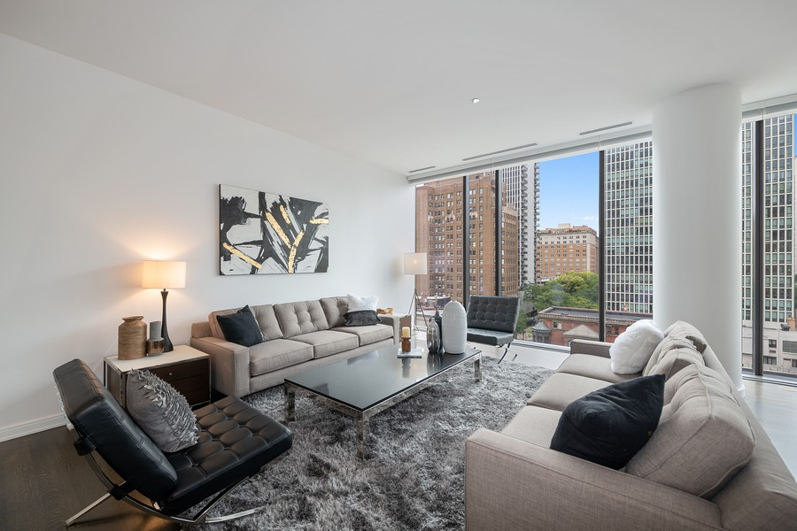 Real Estate Photography - 4 E. Elm #6N, Chicago, IL, 60611 - Living Room