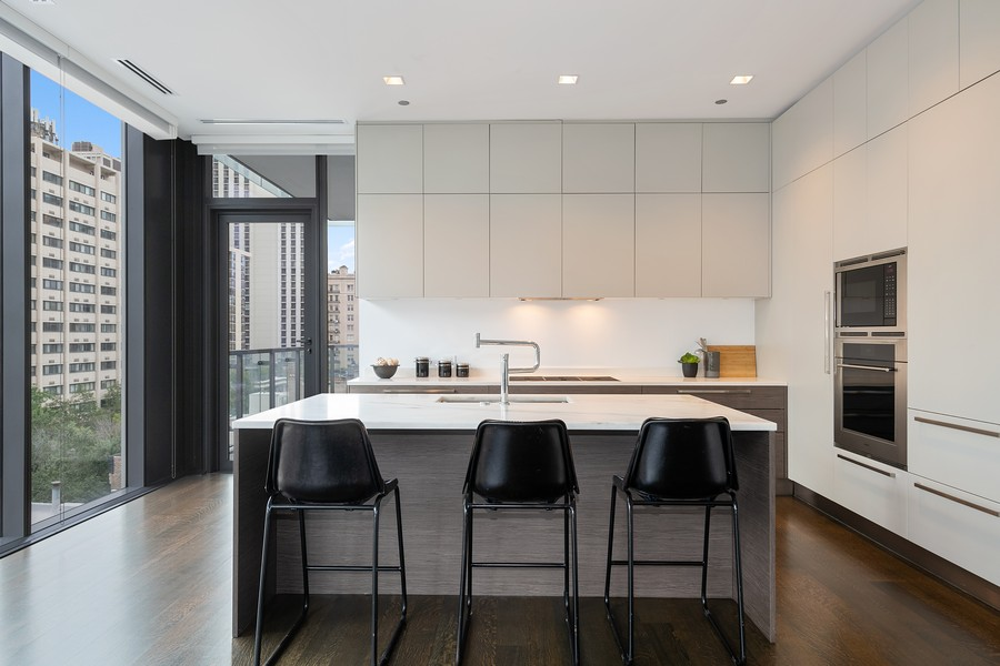 Real Estate Photography - 4 E. Elm #6N, Chicago, IL, 60611 - Kitchen