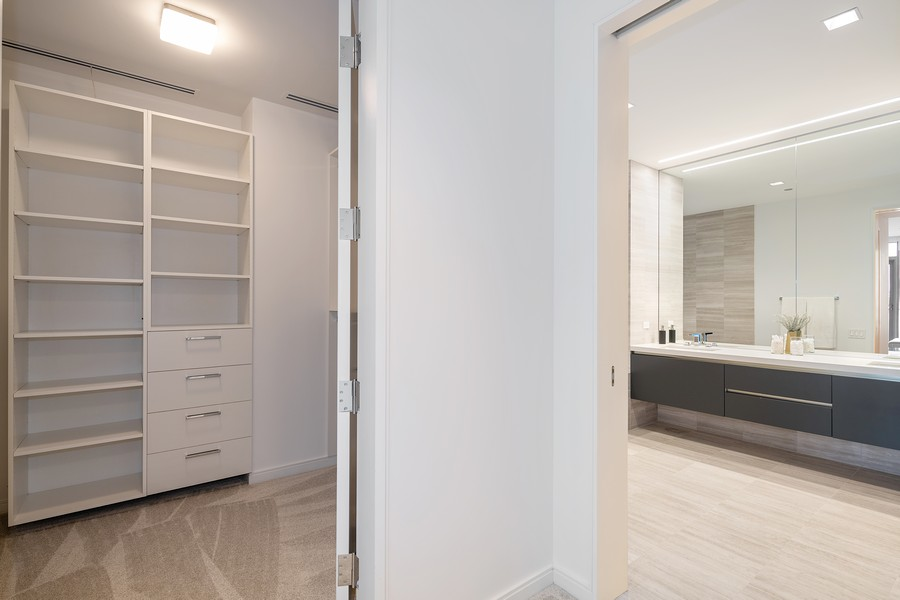 Real Estate Photography - 4 E. Elm #6N, Chicago, IL, 60611 - Master Bedroom Closet