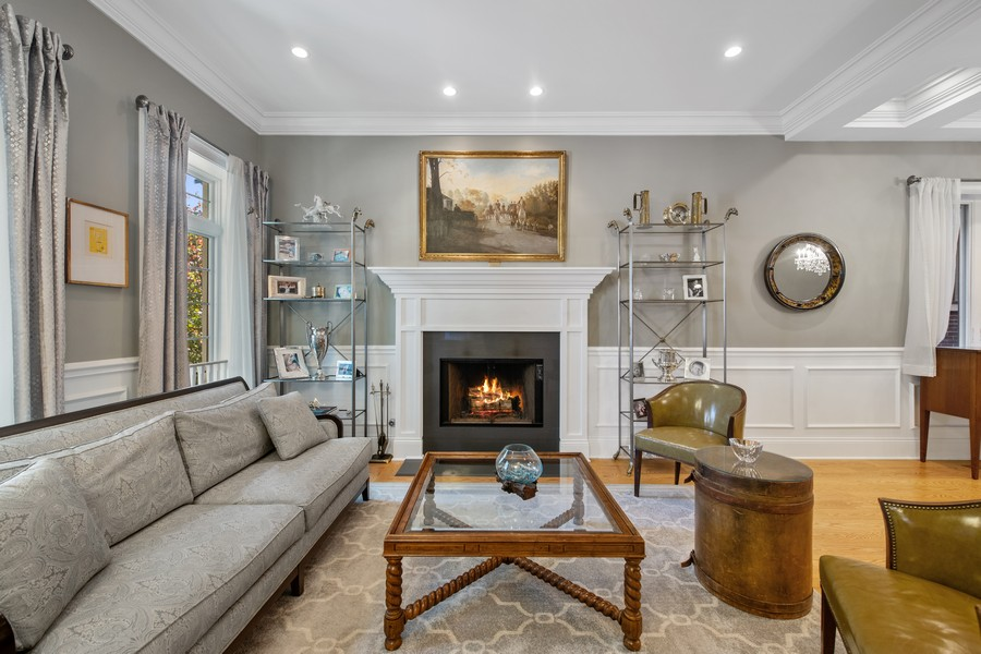 Real Estate Photography - 1938 N. Winchester, Chicago, IL, 60647 - Living Room