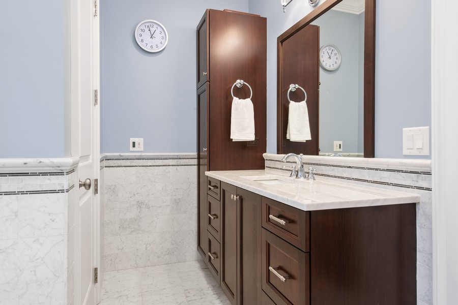 Real Estate Photography - 1938 N. Winchester, Chicago, IL, 60647 - Master Bathroom