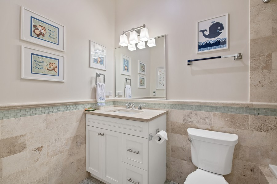 Real Estate Photography - 1938 N. Winchester, Chicago, IL, 60647 - Second Bathroom (En Suite)