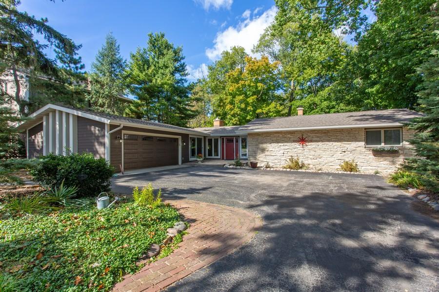 Real Estate Photography - 146 Higman Park Hill, Benton Harbor, MI, 49022 - Front View