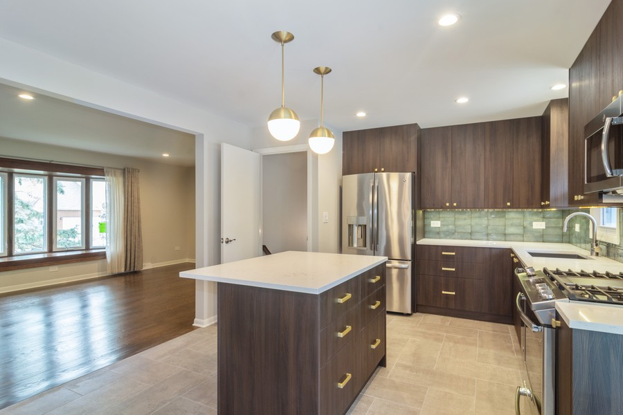 Real Estate Photography - 1001 N Arlington Hts Road, Arlington Heights, IL, 60004 - Kitchen