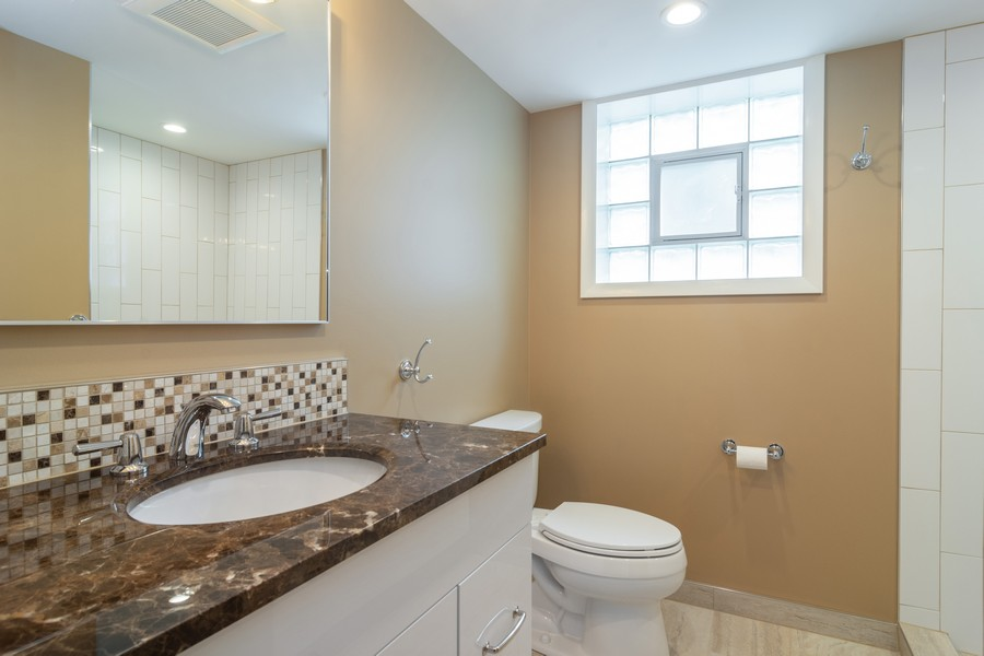 Real Estate Photography - 1001 N Arlington Hts Road, Arlington Heights, IL, 60004 - 2nd Bathroom