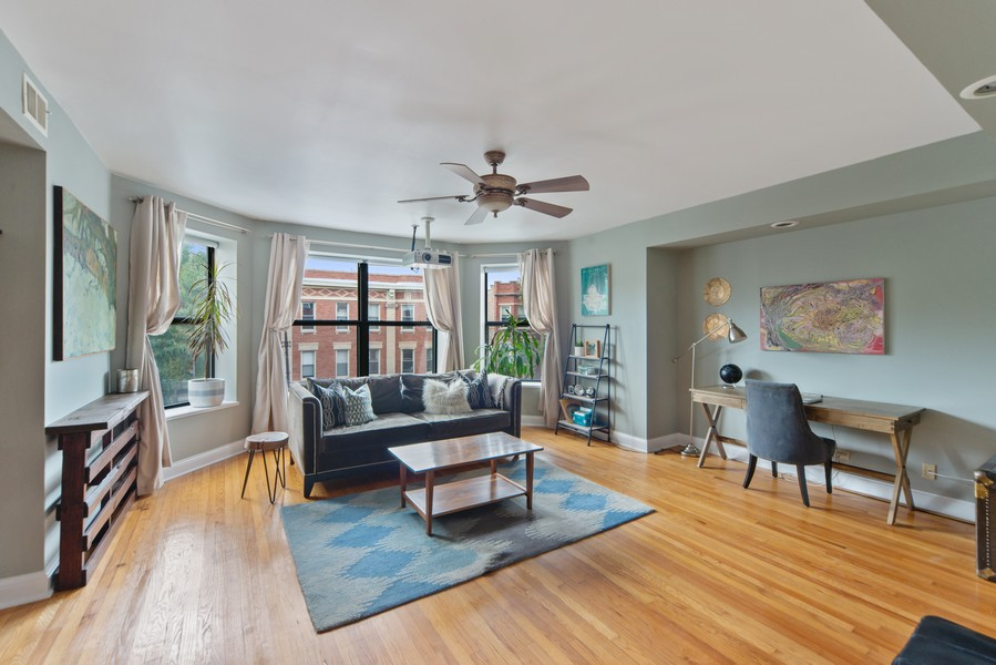 Real Estate Photography - 2735 N. Kimball, #6, Chicago, IL, 60647 - Living Room