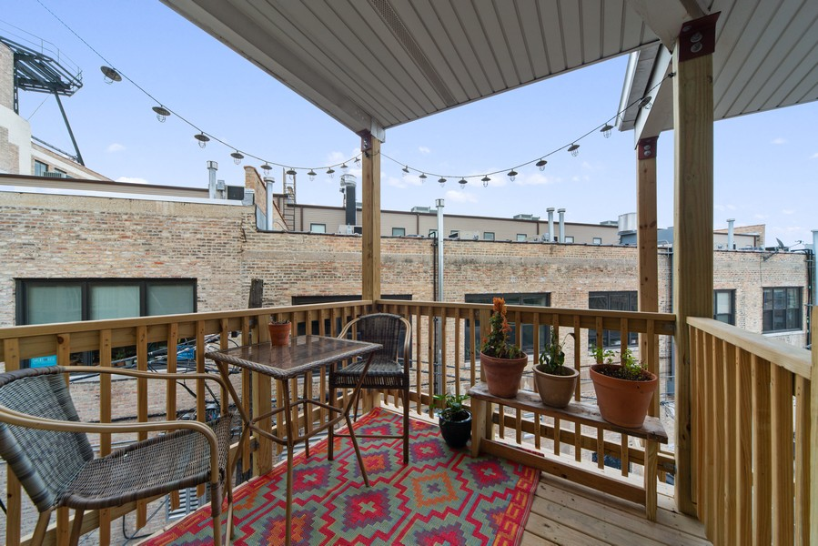 Real Estate Photography - 2735 N. Kimball, #6, Chicago, IL, 60647 - Deck