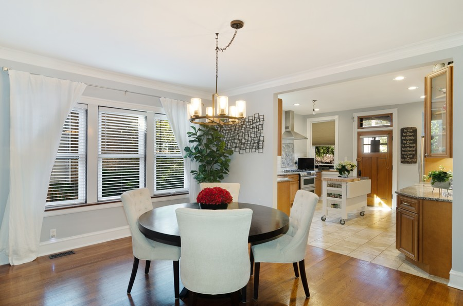Real Estate Photography - 1728 W. Catalpa, Chicago, IL, 60640 - Dining Room Unit 1