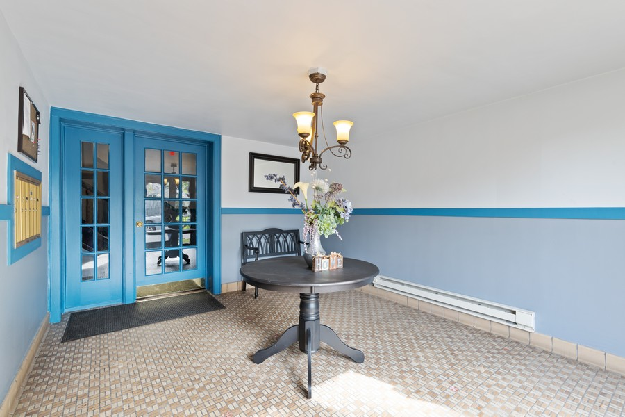 Real Estate Photography - 7229 Adams Street, Unit 2, Forest Park, IL, 60130 - Foyer