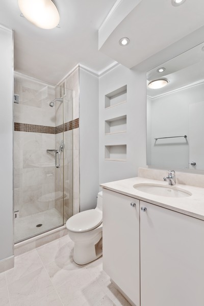 Real Estate Photography - 155 N Harbor Dr, Chicago, IL, 60601 - 2nd Bathroom