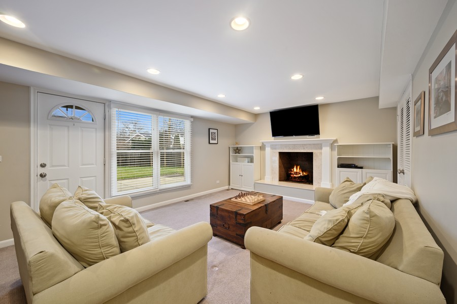 Real Estate Photography - 1606 Longmeadow, Glenview, IL, 60026 - Family Room