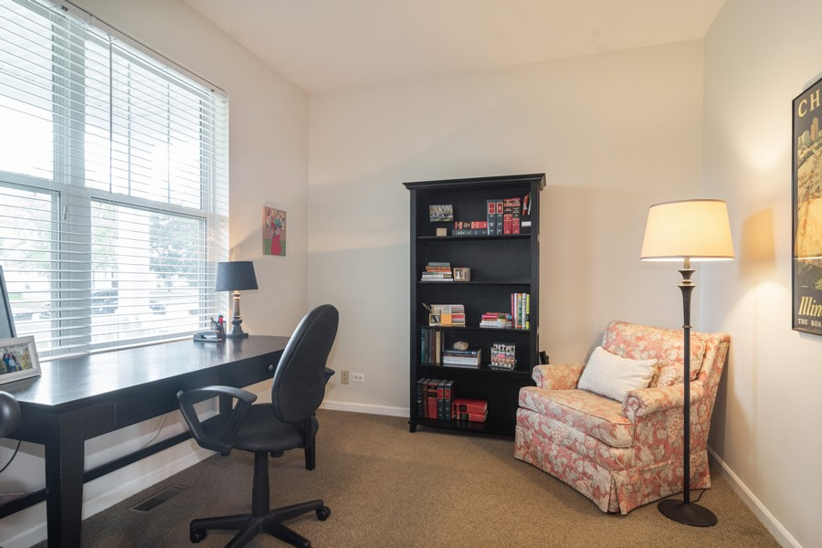 Real Estate Photography - 294 Foxford Drive, Cary, IL, 60013 - Office