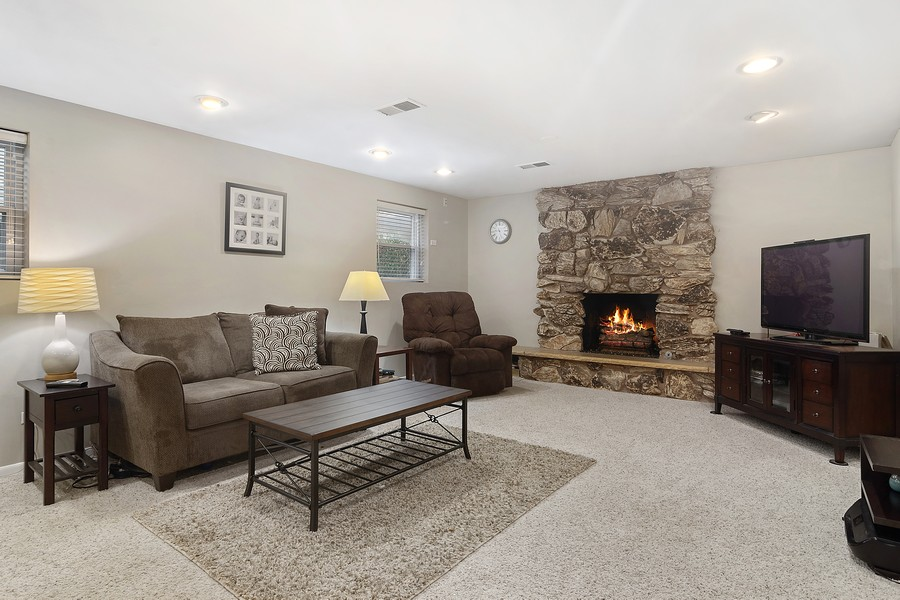 Real Estate Photography - 426 S Gibbons, Arlington Heights, IL, 60004 - Family Room