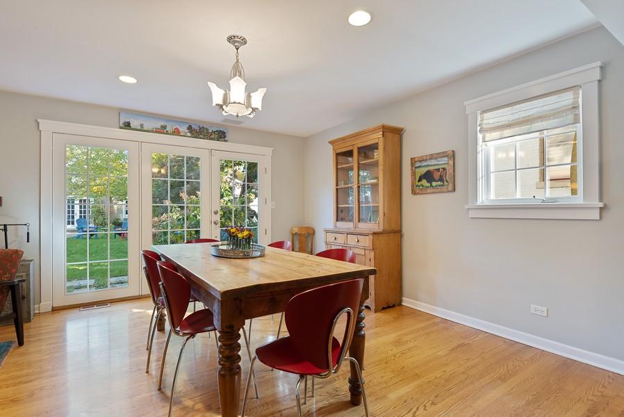 Real Estate Photography - 2433 Simpson, Evanston, IL, 60201 - Breakfast Area