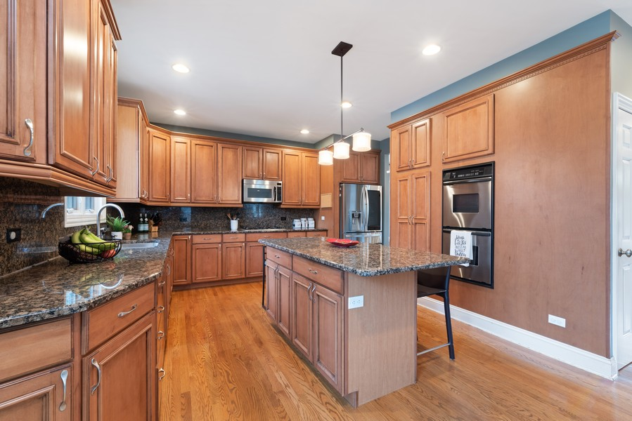 Real Estate Photography - 2328 Illinois, Northbrook, IL, 60062 - Kitchen