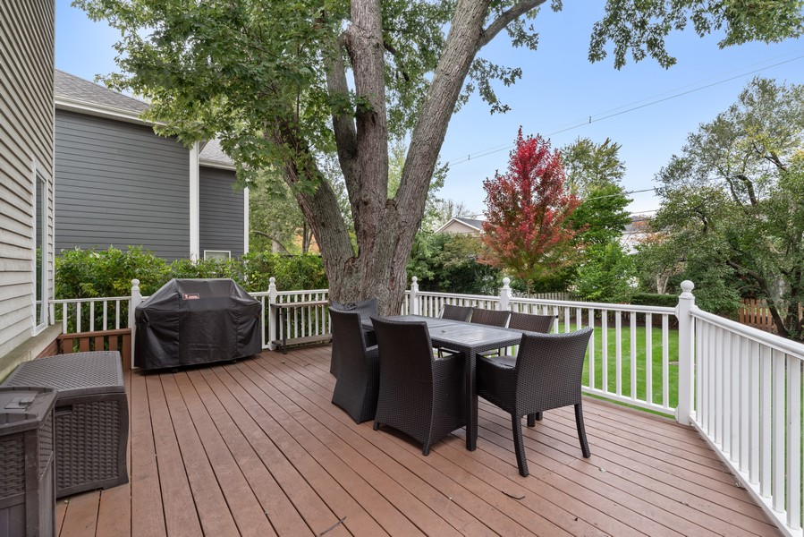 Real Estate Photography - 2328 Illinois, Northbrook, IL, 60062 - Deck