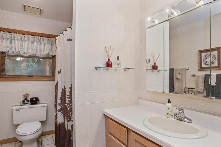 Real Estate Photography - 4054 Choctaw Trail, New Buffalo, MI, 49117 - Bathroom
