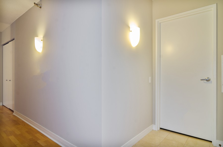 Real Estate Photography - 512 N McClurg Ct, Unit #1310, Chicago, IL, 60611 - Foyer