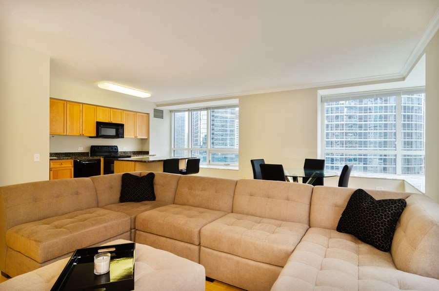 Real Estate Photography - 512 N McClurg Ct, Unit #1310, Chicago, IL, 60611 - Kitchen / Living Room
