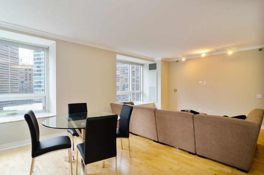 Real Estate Photography - 512 N McClurg Ct, Unit #1310, Chicago, IL, 60611 - Living Room / Dining Room
